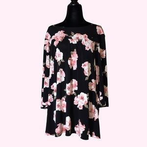 Kim & Co Black and Pink Floral Blouse